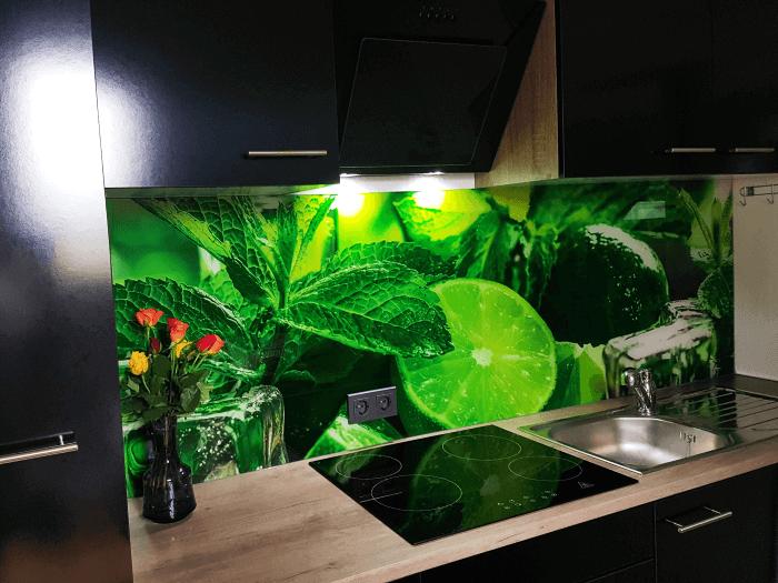 küchenrückwand_glas_limette